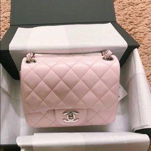 ❤️RARE Color❤️ Chanel Mini Square Pink